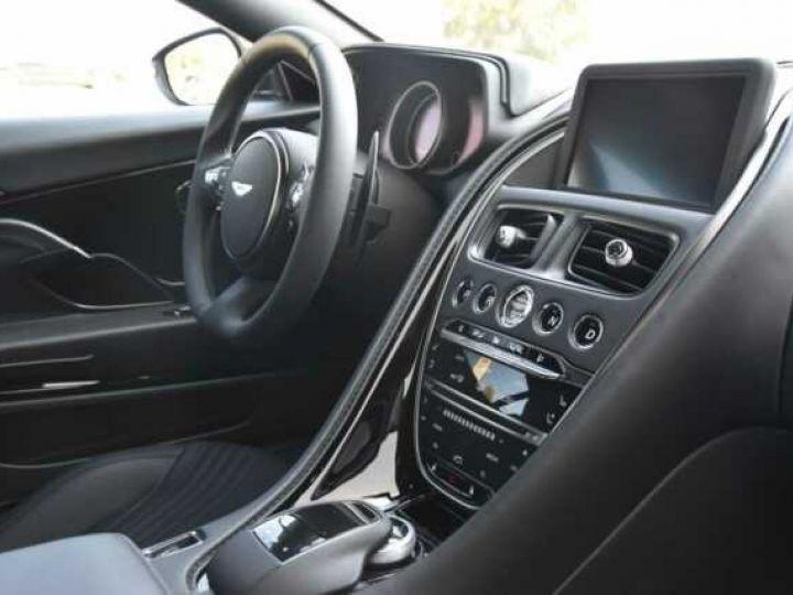 Aston Martin DB11 V12 PACK AMR PERFORMANCE Onyx Black métal - 9