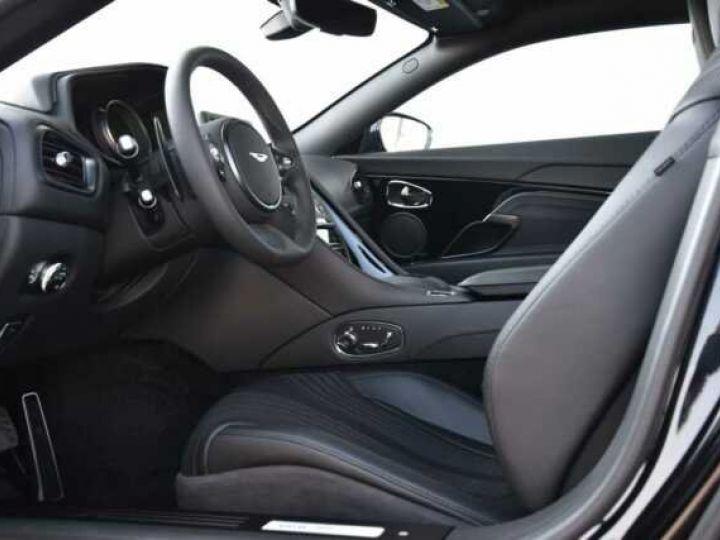 Aston Martin DB11 V12 PACK AMR PERFORMANCE Onyx Black métal - 10