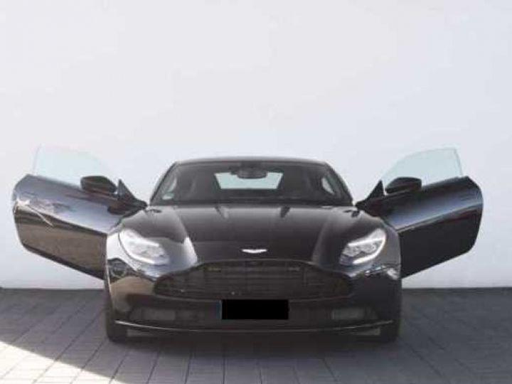 Aston Martin DB11 V12 PACK AMR PERFORMANCE Onyx Black métal - 13