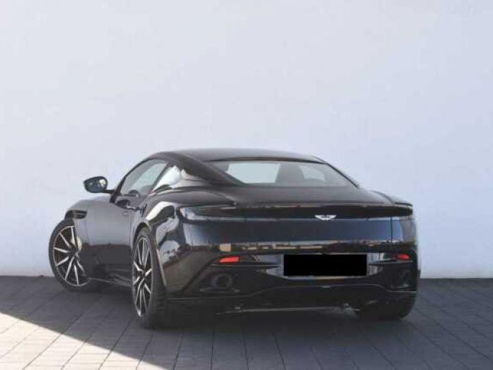 Aston Martin DB11 V12 PACK AMR PERFORMANCE Onyx Black métal - 17