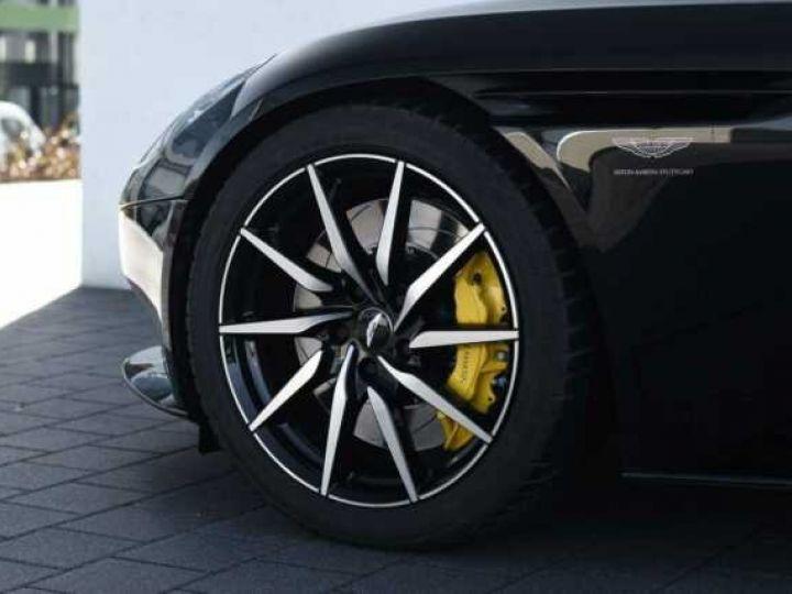 Aston Martin DB11 V12 # PACK AMR Performance Onyx Black métal - 3