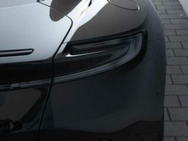 Aston Martin DB11 V12 # PACK AMR Performance Onyx Black métal - 10