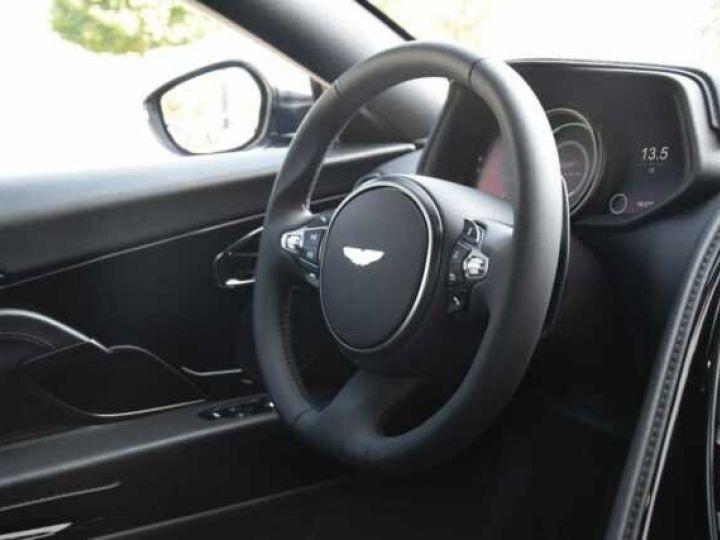 Aston Martin DB11 V12 # PACK AMR Performance Onyx Black métal - 15