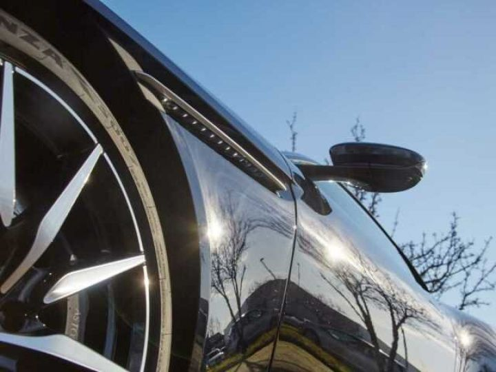 Aston Martin DB11 V12 TOUCHTRONIC III 8 rapports# Bodypack Black Ultramarine Black - 3