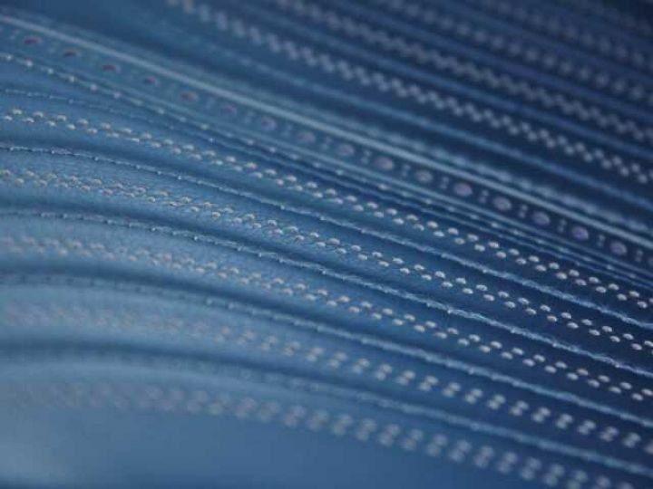 Aston Martin DB11 V12 TOUCHTRONIC III 8 rapports# Bodypack Black Ultramarine Black - 15