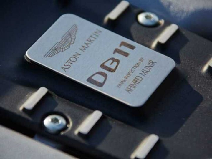 Aston Martin DB11 V12 TOUCHTRONIC III 8 rapports# Bodypack Black Ultramarine Black - 19