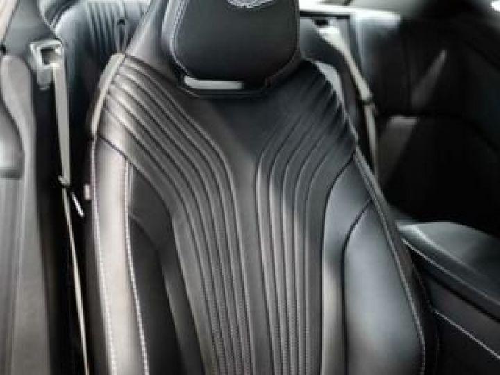 Aston Martin DB11 V8 Lightning Silver métal - 7
