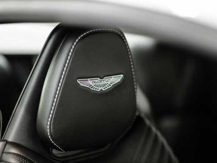 Aston Martin DB11 V8 Lightning Silver métal - 8