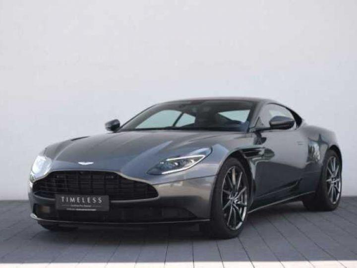 Aston Martin DB11 V8 Magnetic Silver métal - 1