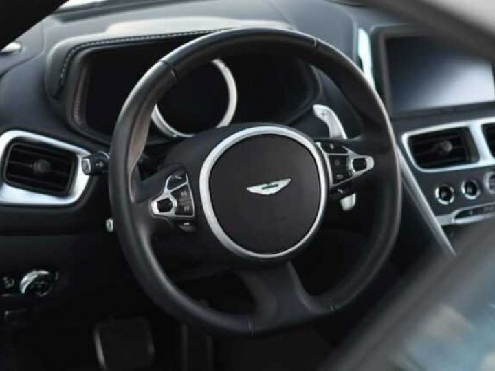 Aston Martin DB11 V8 Magnetic Silver métal - 4