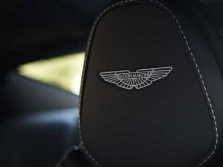 Aston Martin DB11 V8 Magnetic Silver métal - 13