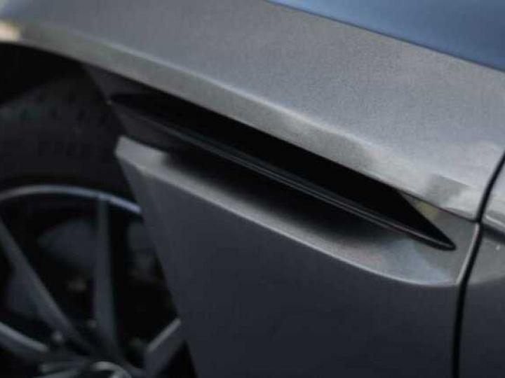 Aston Martin DB11 V8 Magnetic Silver métal - 20