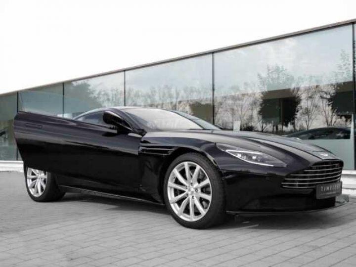 Aston Martin DB11 V8 Onyx Black - 3