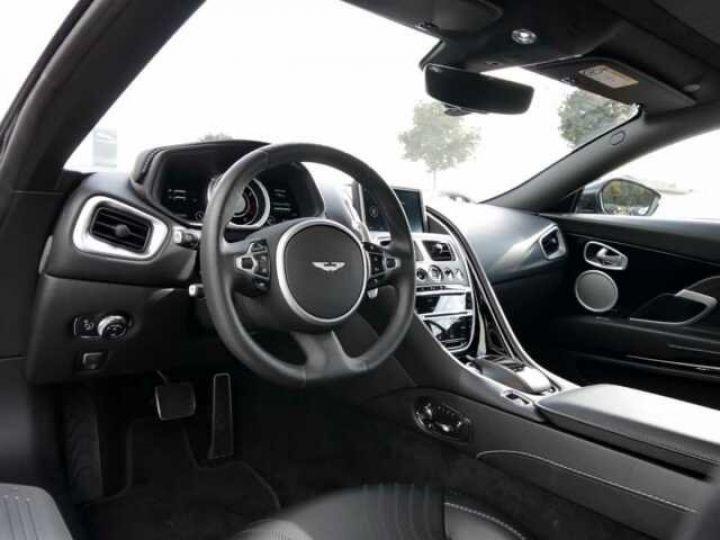 Aston Martin DB11 V8 Onyx Black - 7