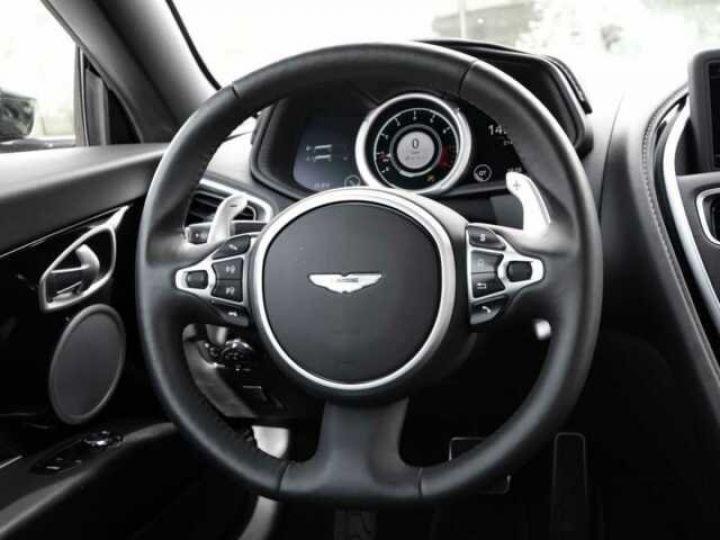 Aston Martin DB11 V8 Onyx Black - 12