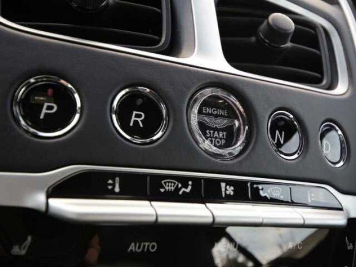 Aston Martin DB11 V8 Onyx Black - 15