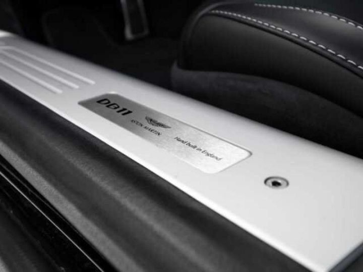 Aston Martin DB11 V8 Onyx Black - 20