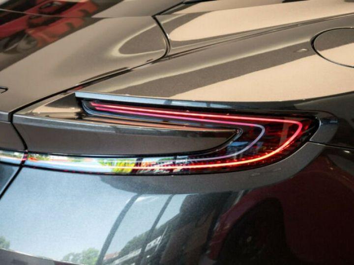 Aston Martin DB11 V8 4.0 Magnetic silver - 11