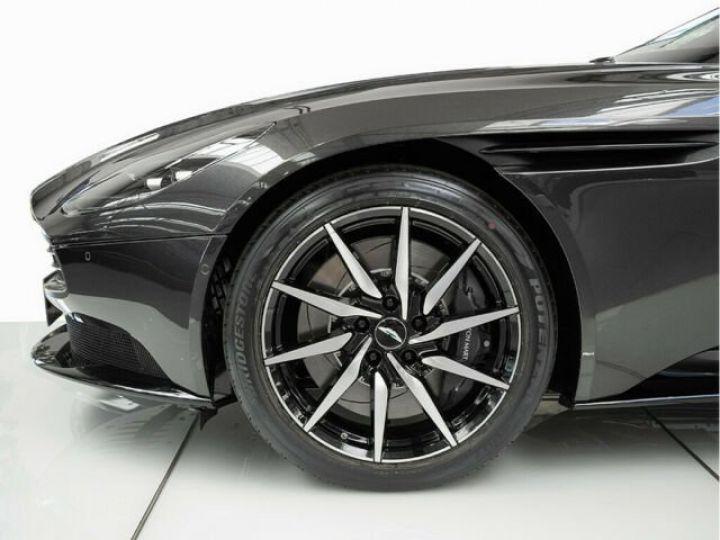 Aston Martin DB11 V8 4.0 Magnetic silver - 12
