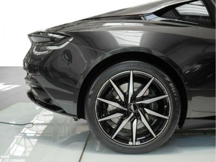 Aston Martin DB11 V8 4.0 Magnetic silver - 13