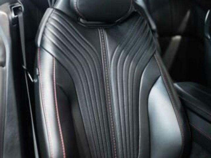 Aston Martin DB11 V8 Bodypack Black Divine Red - 6