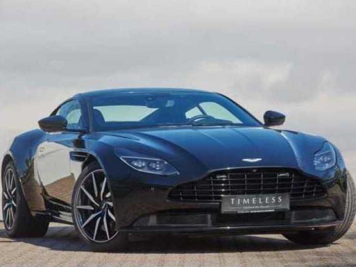 Aston Martin DB11 V8 EXTERIOR BLACK PACK Jet Black - 1