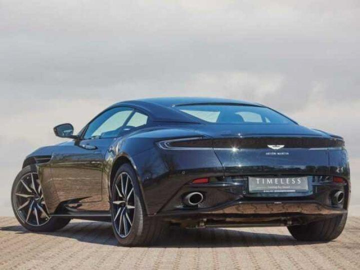Aston Martin DB11 V8 EXTERIOR BLACK PACK Jet Black - 2