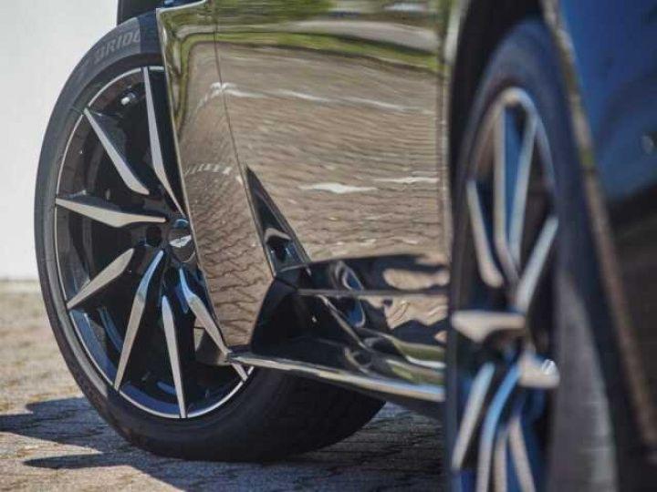 Aston Martin DB11 V8 EXTERIOR BLACK PACK Jet Black - 5
