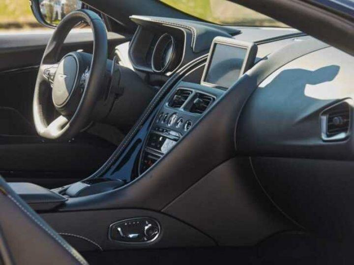 Aston Martin DB11 V8 EXTERIOR BLACK PACK Jet Black - 10