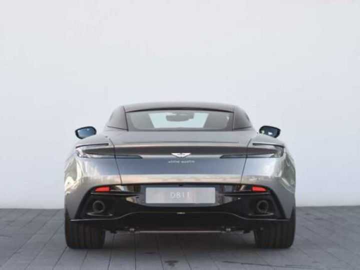Aston Martin DB11 V8#PACK BLACK PLUS Tungsten Silver métal - 5