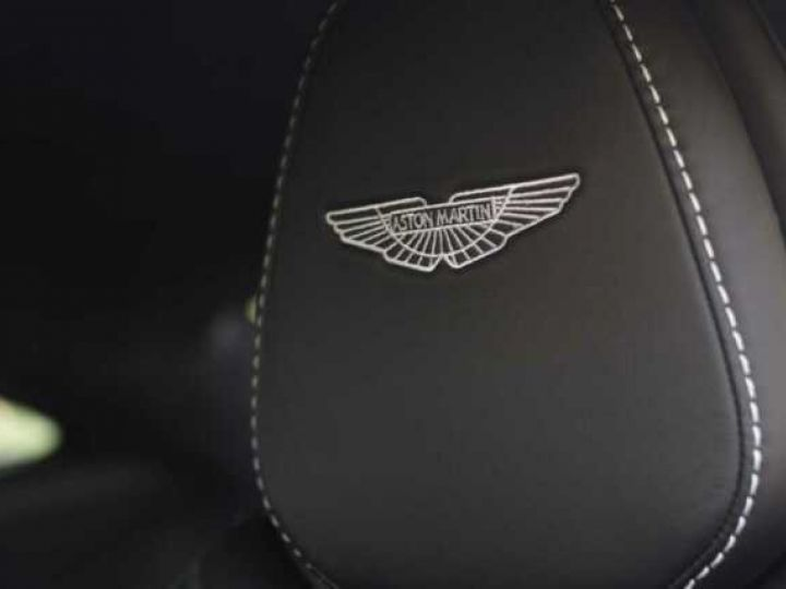 Aston Martin DB11 V8#PACK BLACK PLUS Tungsten Silver métal - 6