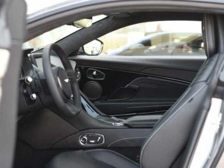 Aston Martin DB11 V8 #PACK BLACK PLUS#PACK TECHNOLOGY# Tungsten Silver métal - 13