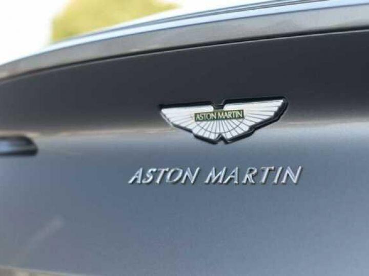 Aston Martin DB11 V8 #PACK BLACK PLUS#PACK TECHNOLOGY# Tungsten Silver métal - 17
