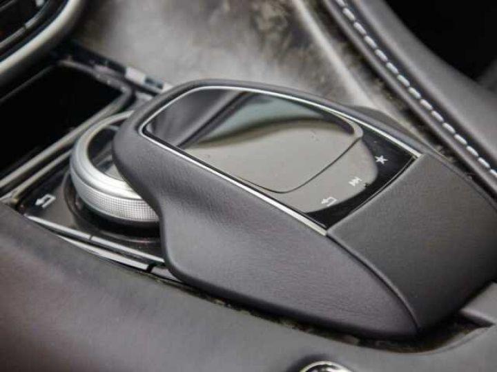 Aston Martin DB11 V8#Pack extérieur Black Onyx Black - 8