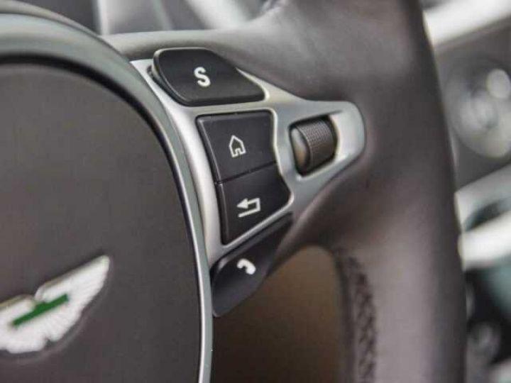 Aston Martin DB11 V8#Pack extérieur Black Onyx Black - 12