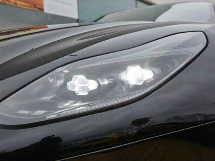 Aston Martin DB11 V8#Pack extérieur Black Onyx Black - 19