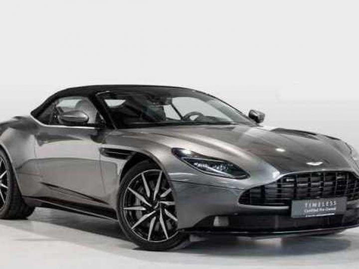 Aston Martin DB11 V8 VOLANTE Magnetic Siver métal - 1