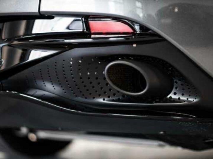 Aston Martin DB11 V8 VOLANTE Magnetic Siver métal - 7