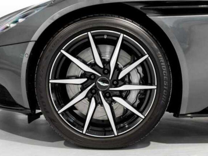 Aston Martin DB11 V8 VOLANTE Magnetic Siver métal - 13
