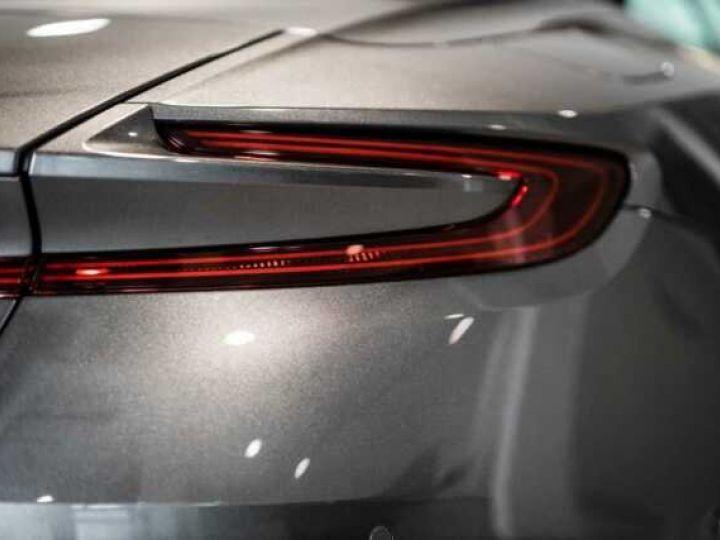 Aston Martin DB11 V8 VOLANTE Magnetic Siver métal - 14
