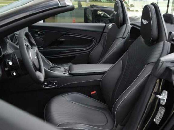 Aston Martin DB11 V8 VOLANTE Onyx Black - 4