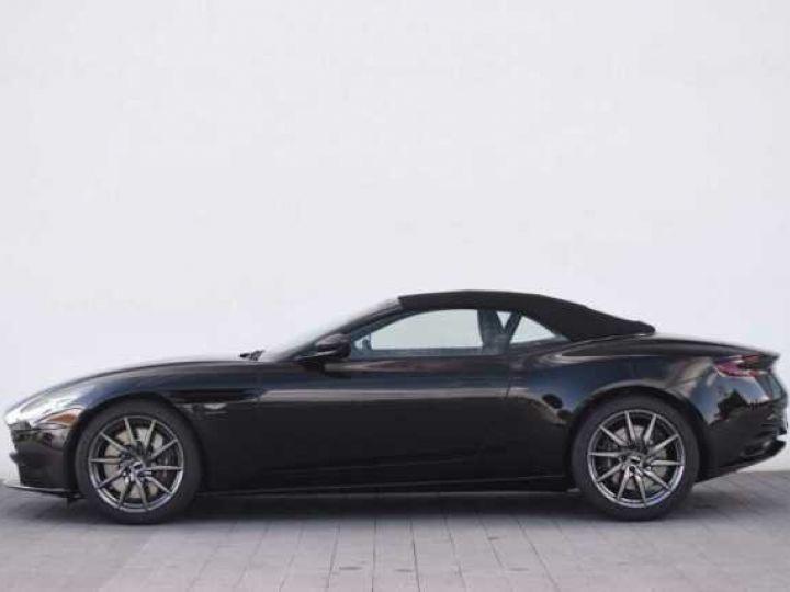 Aston Martin DB11 V8 VOLANTE Onyx Black - 9