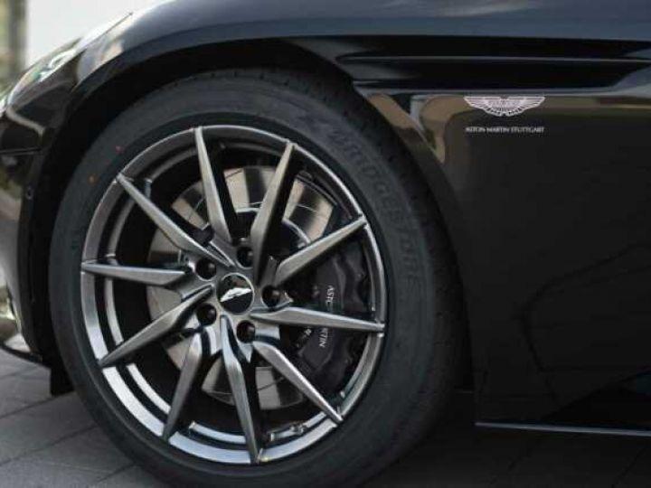 Aston Martin DB11 V8 VOLANTE Onyx Black - 16