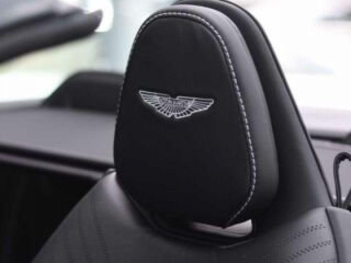 Aston Martin DB11 V8 VOLANTE Onyx Black - 21