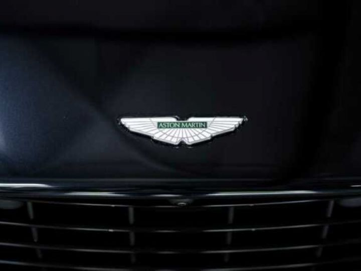 Aston Martin DB11 V8 Volante Ultramarine Black (AML Special - 12