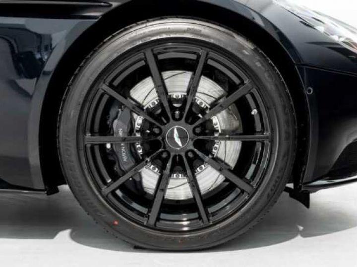 Aston Martin DB11 V8 Volante Ultramarine Black (AML Special - 14