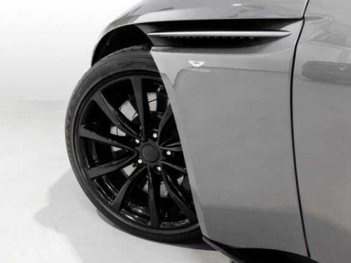 Aston Martin DB11 V8 Volante Hammerhead Silver métal - 4