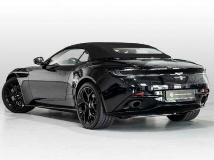Aston Martin DB11 V8#VOLANTE#BODYPACK BLACK# Special Q Onyx Black - 2