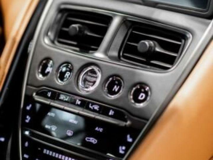 Aston Martin DB11 V8#VOLANTE#BODYPACK BLACK# Special Q Onyx Black - 5