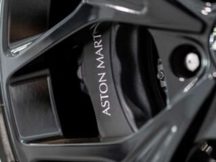Aston Martin DB11 V8#VOLANTE#BODYPACK BLACK# Special Q Onyx Black - 12